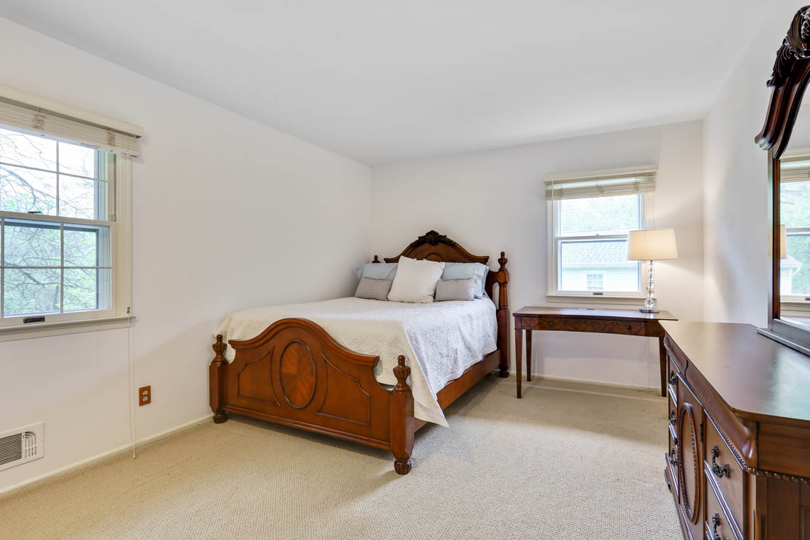 21 – 335 Long Hill Drive – Bedroom 4
