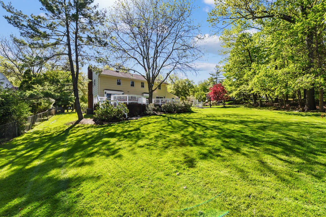 24 – 335 Long Hill Drive – Totally Level Backyard