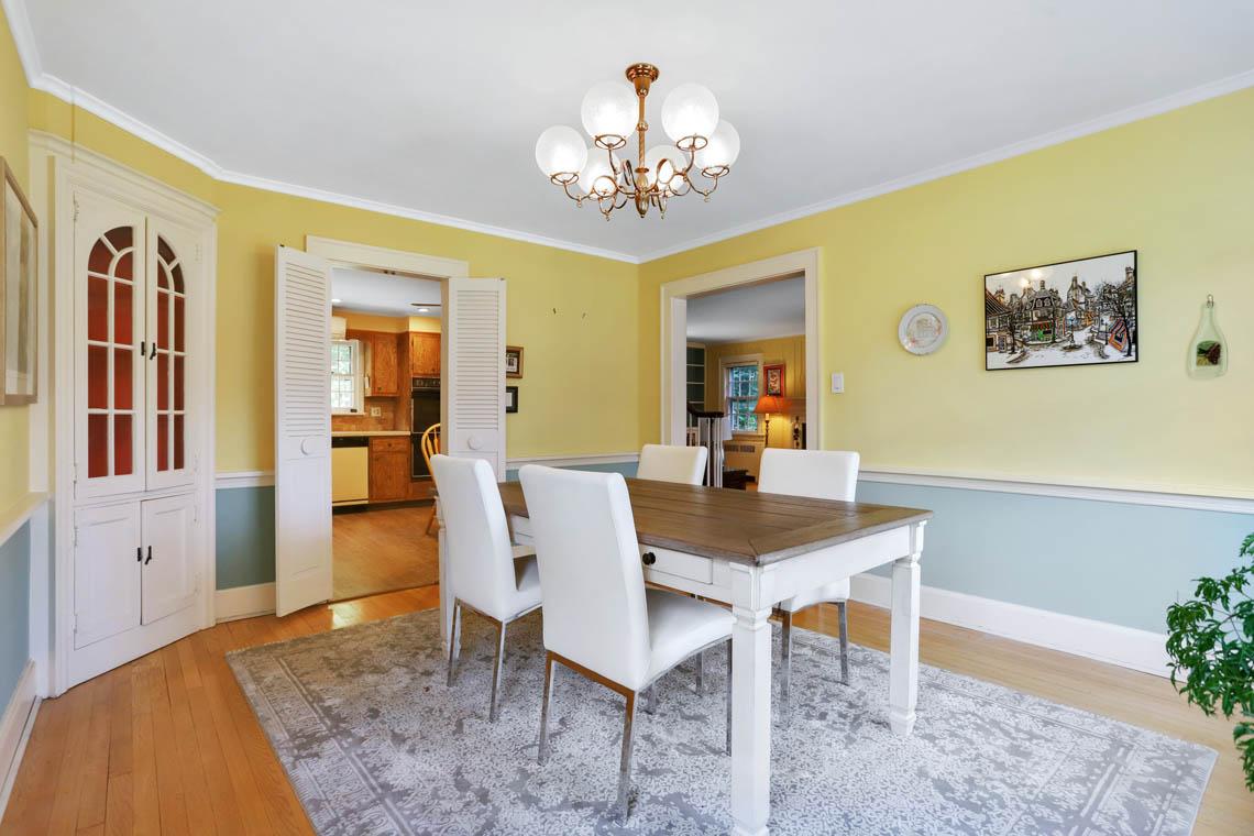 8 – 59 Wellington Avenue – Dining Room