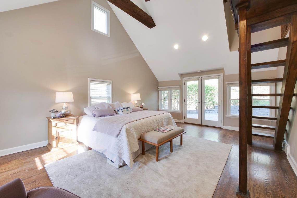 13 – 304 Forest Dr South – Master Bedroom
