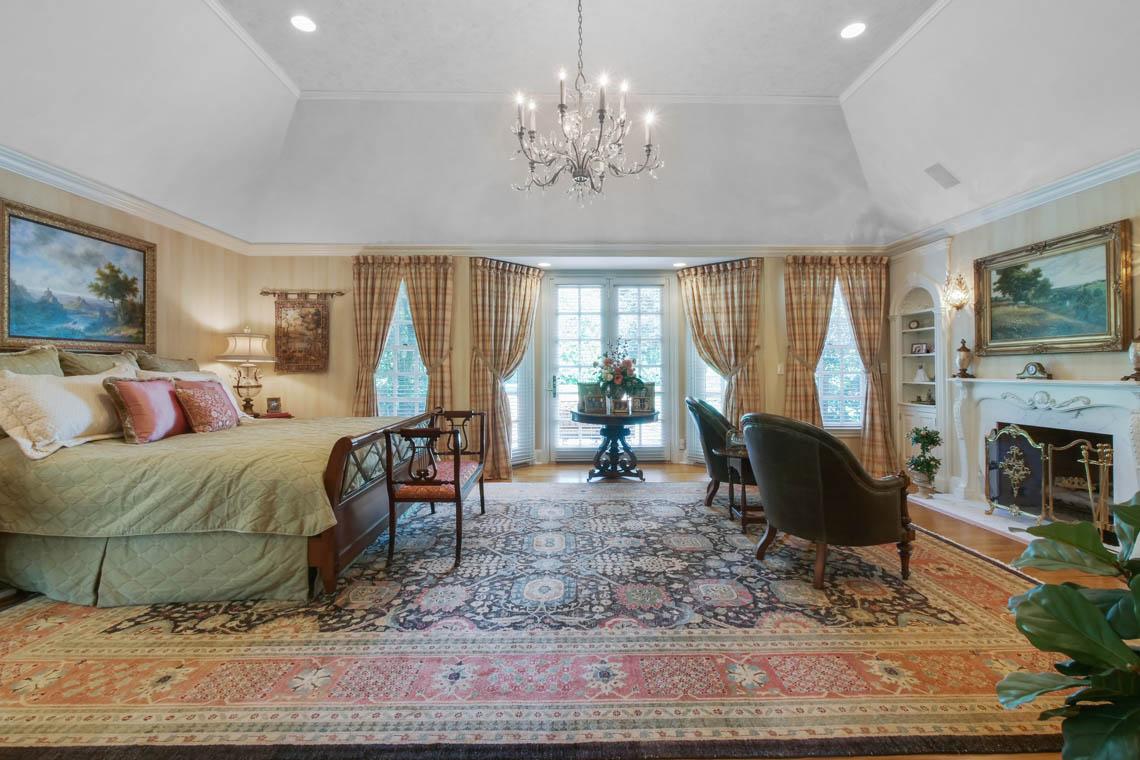 14 – 3 Winston Farm Lane – Master Bedroom