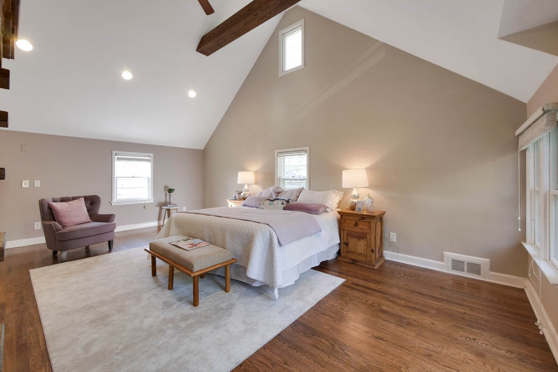 14 – 304 Forest Dr South – Master Bedroom