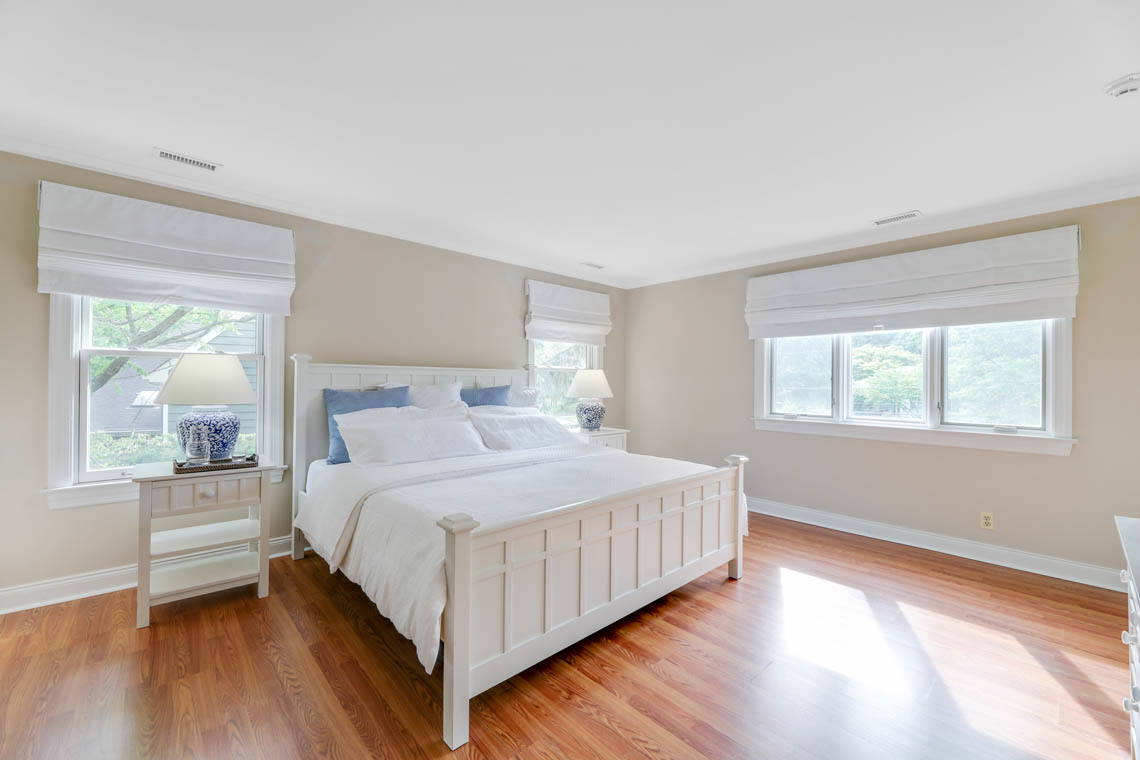 16 – 280 Forest Drive South – Master Bedroom
