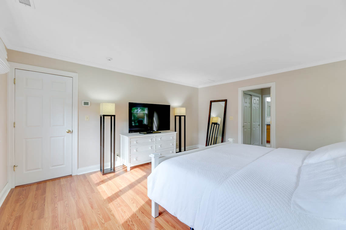 18 – 280 Forest Drive South – Master Bedroom