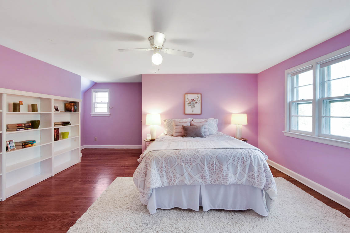 21 – 304 Forest Dr South – Bedroom