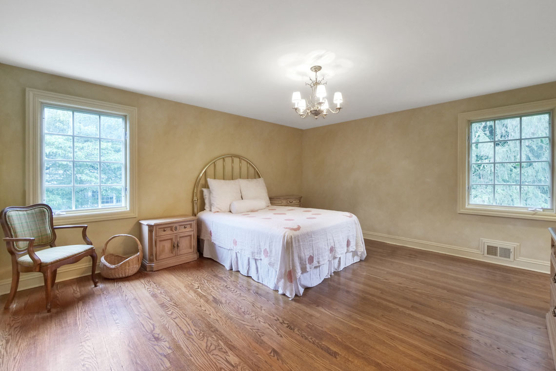 13 – 2 Cayuga Way – In-law Suite