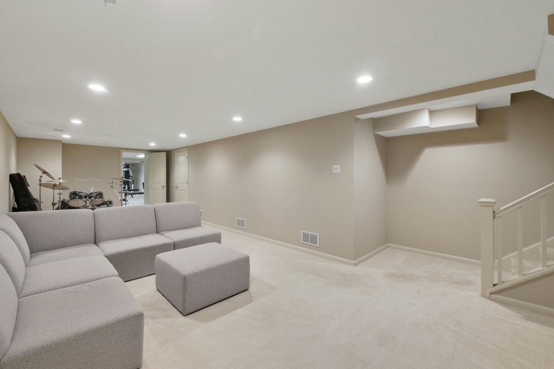 23 – 2 Cayuga Way – Recreation Room
