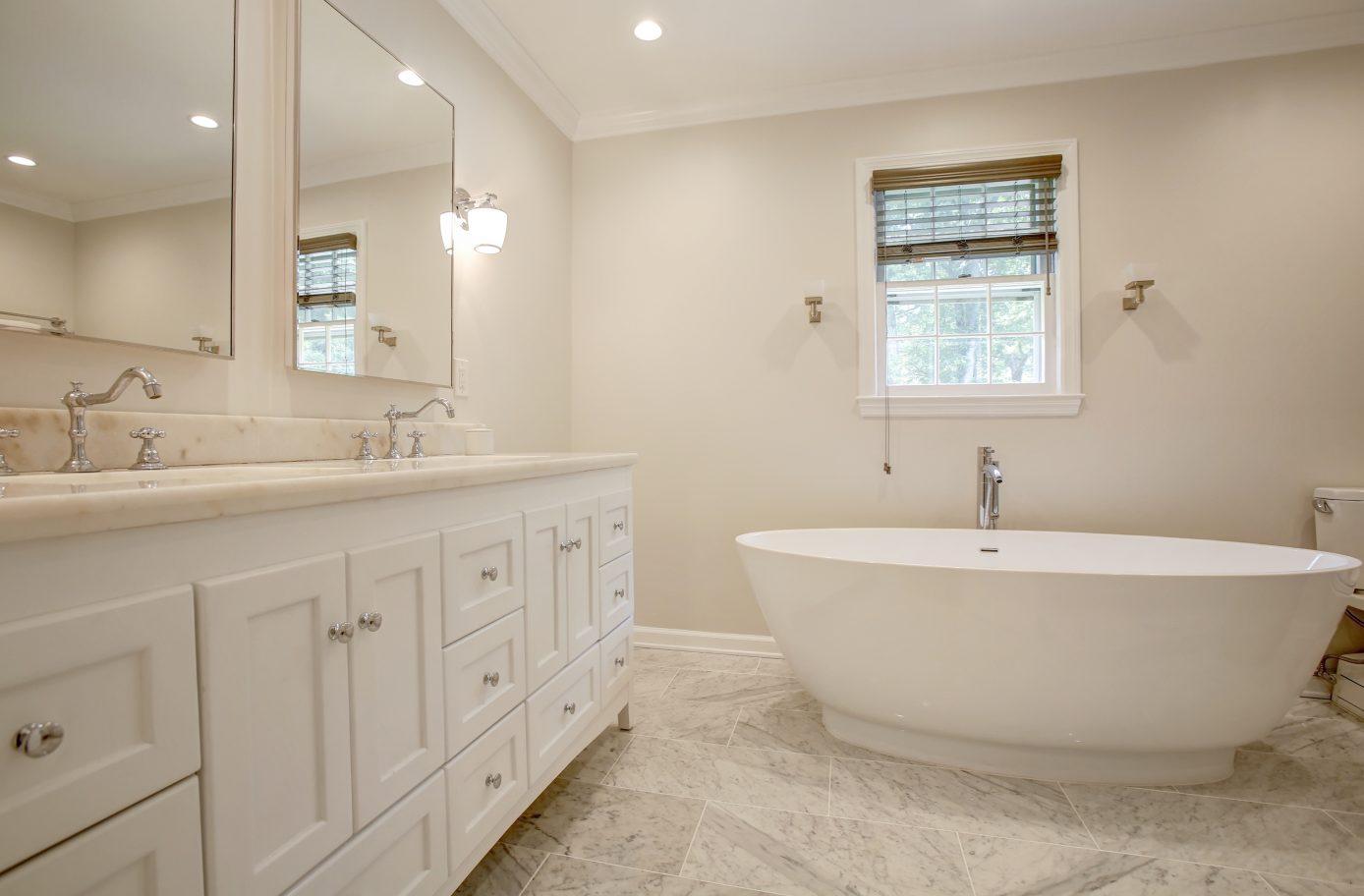 17 – Spa-like Master Bath – 26 Randall Drive