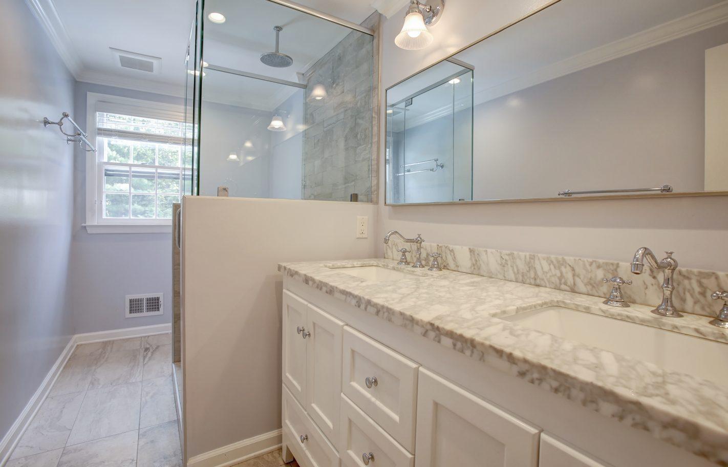25 – Full Hall Bath – 26 Randall Drive