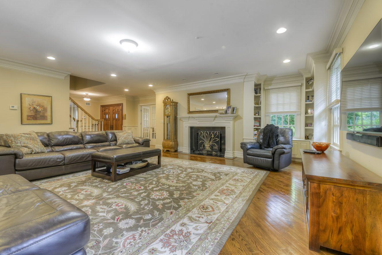 10 Family Room – 4 Fox Hill Lane