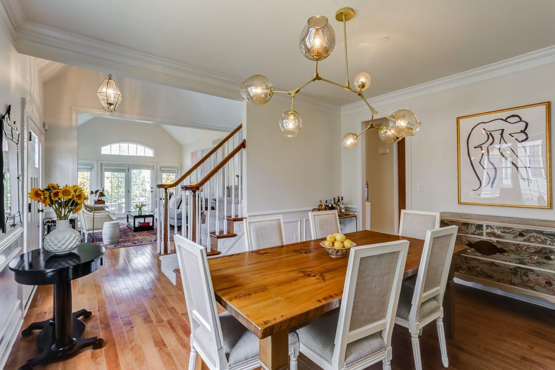 11 – 19 Woodstone Circle – Dining Room