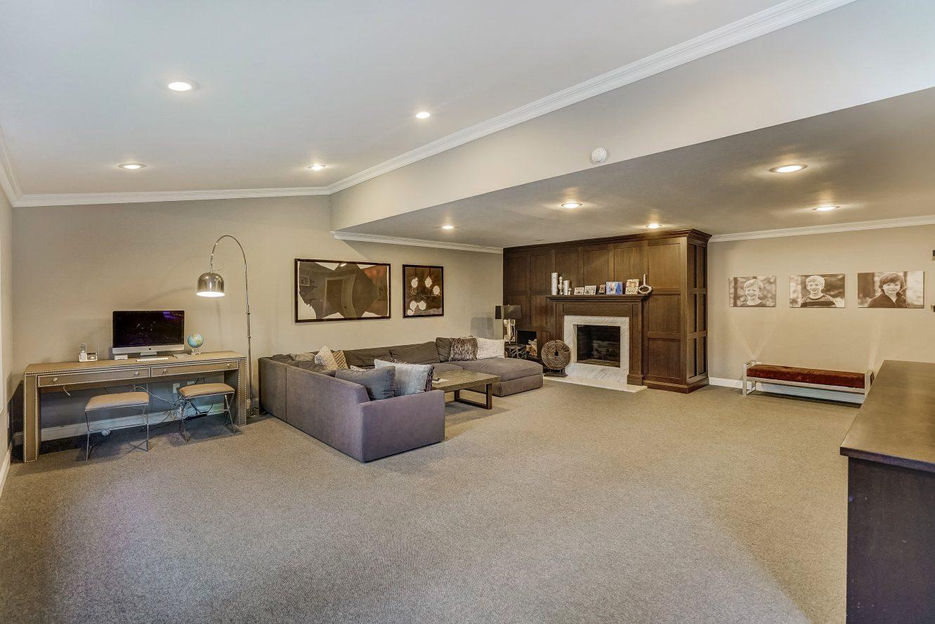 11 – 59 Harvey Drive – Family Room