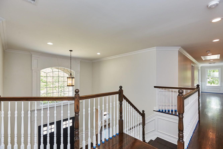 13 – 467 Old Short Hills – Second Level Hallway