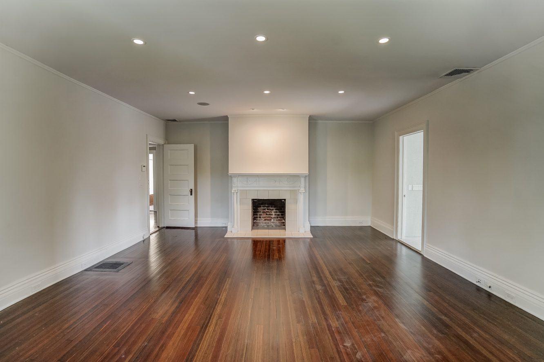 13 – 7 Chestnut Place – Master Bedroom