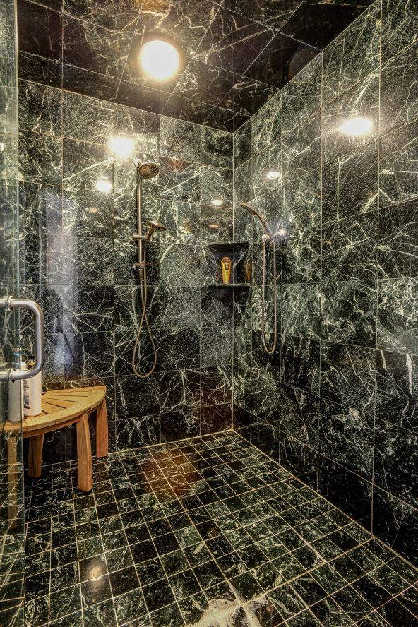 14 – 46 Great Hills Terrace – Spa-like Master Bath