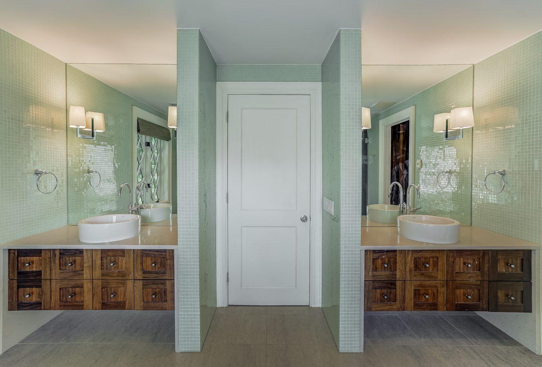 14 – 7 Chestnut Place – Spa-like Master Bath