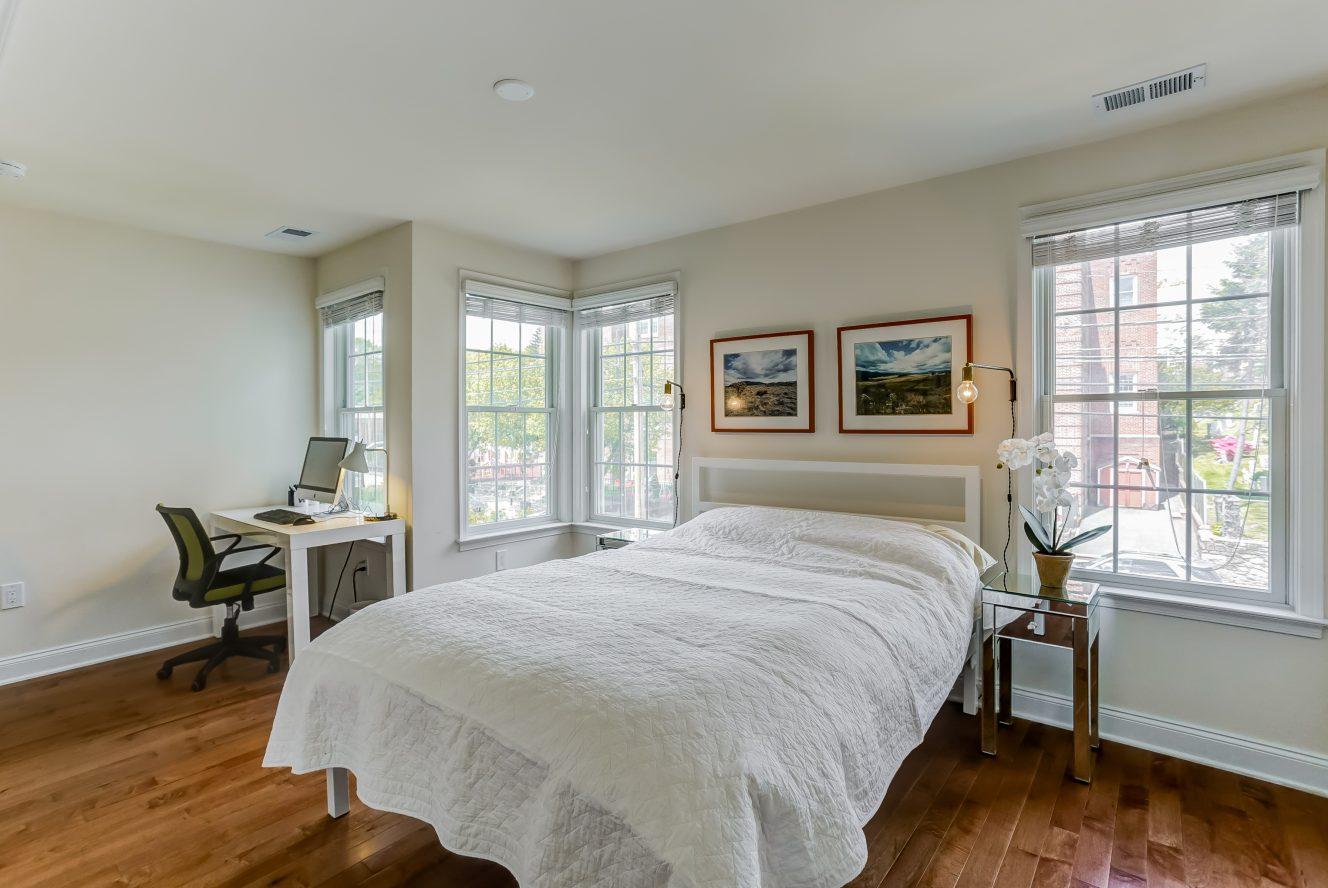 18 – 19 Woodstone Circle – Bedroom 2
