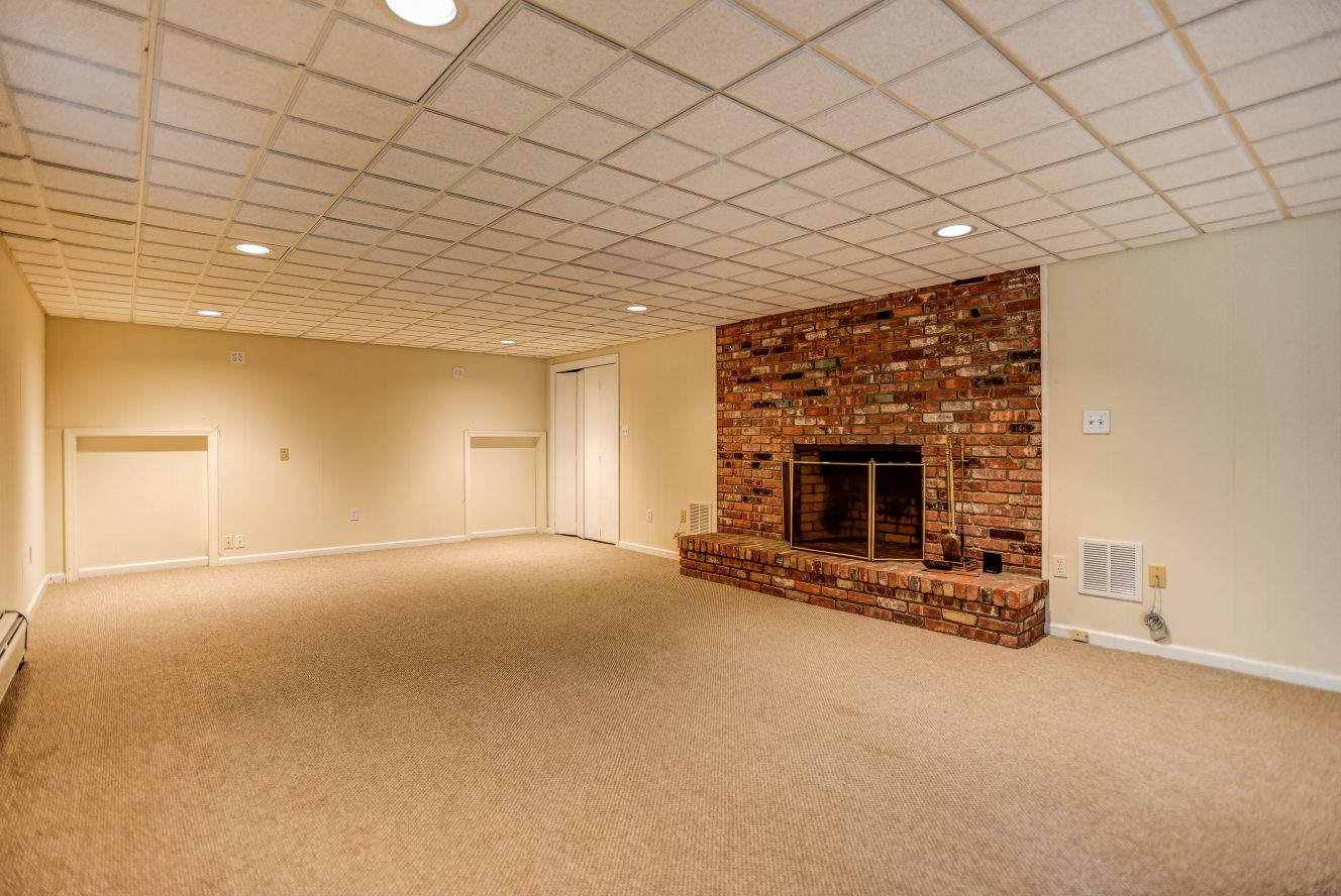 18 – 31 Park Lane – Recreation Room Fireplace