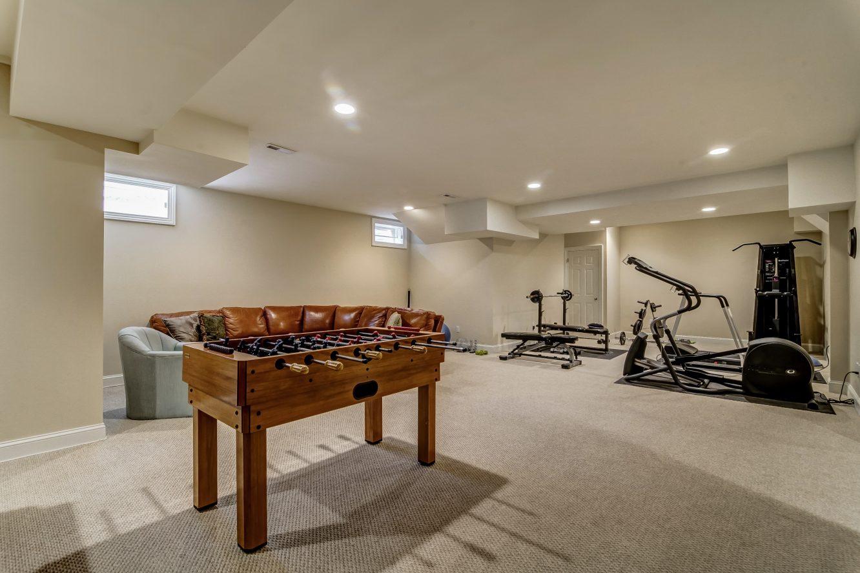 20 – 12 Shirlawn Drive – Recreation Room