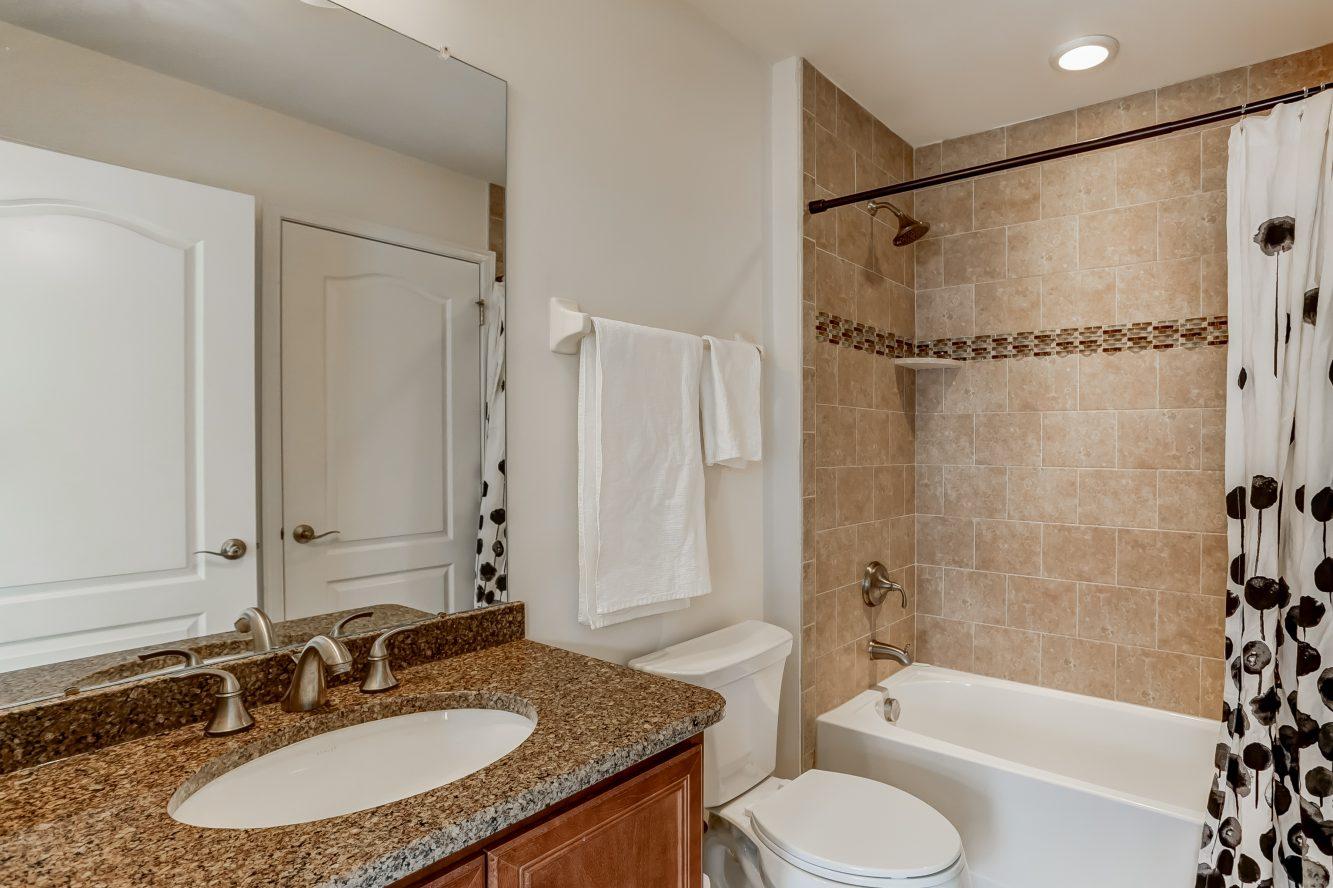 20 – 19 Woodstone Circle – Bedroom 2 En Suite