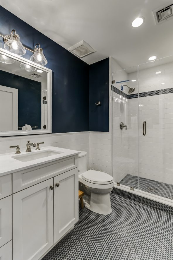 21 – En Suite Bath – 20 Troy Drive, Example of Most Recent Project from Builder