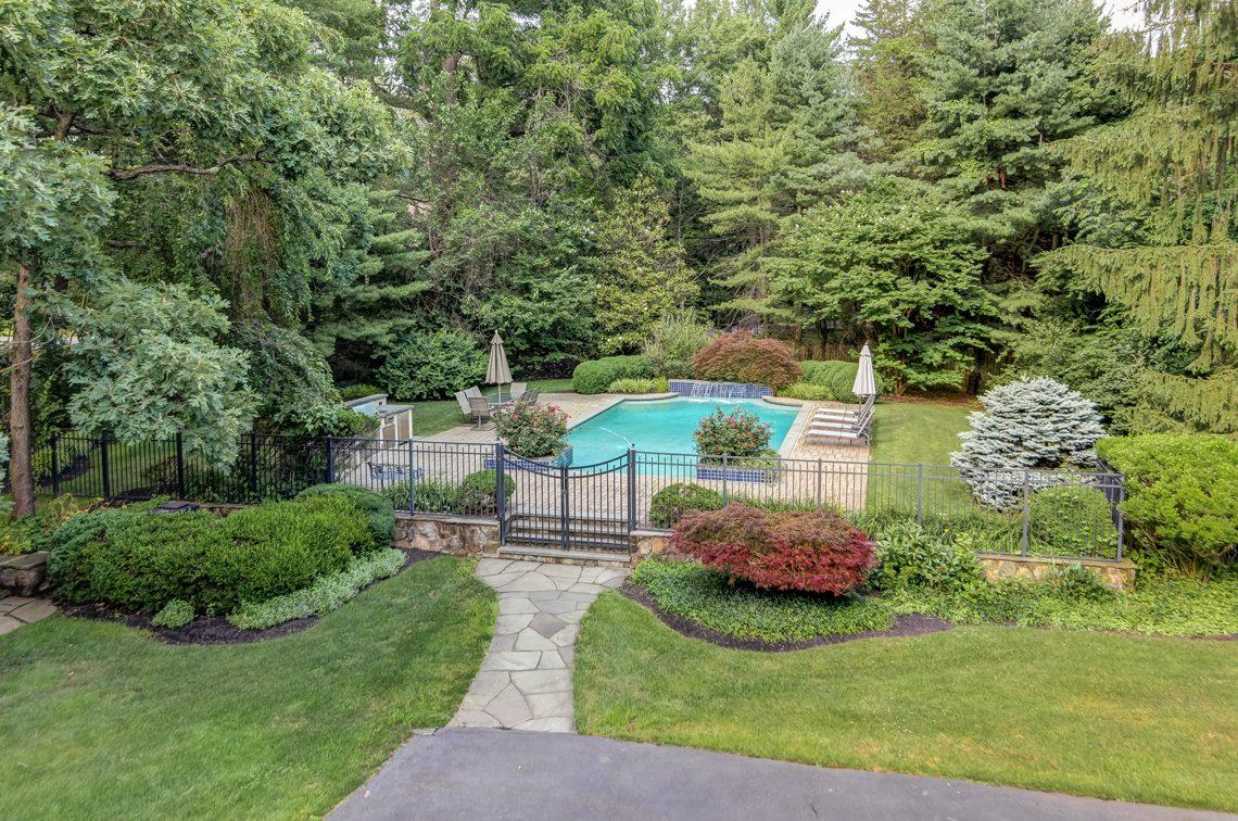 24 – 88 Birch Lane – Gorgeous Pool