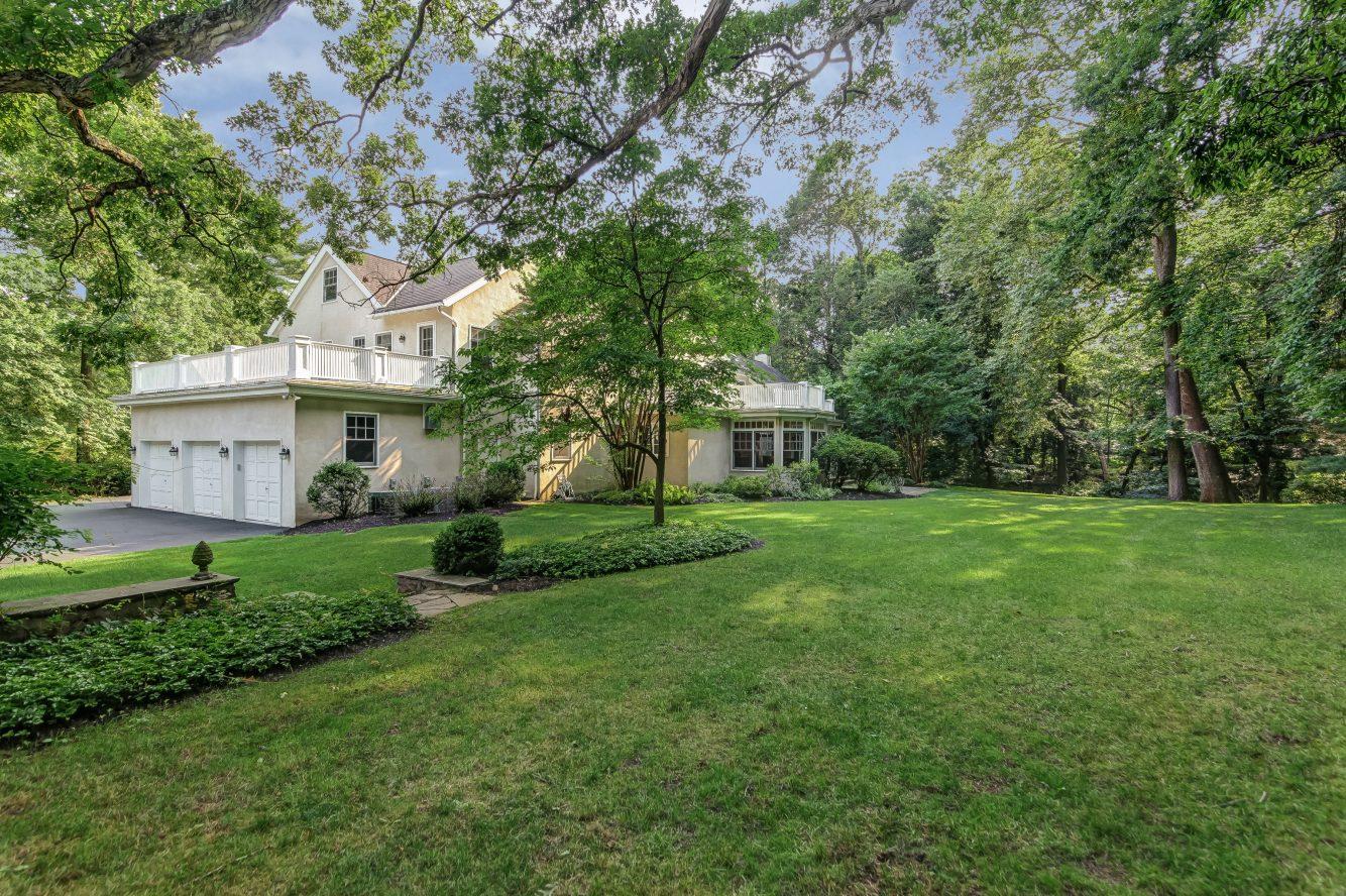 25 – 88 Birch Lane – 1.43 Acres!