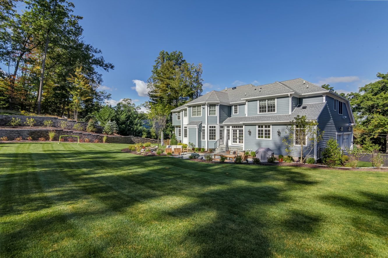 25 – Stunning Backyard & Property – 20 Troy Drive, Example of Most Recent Project from Builder
