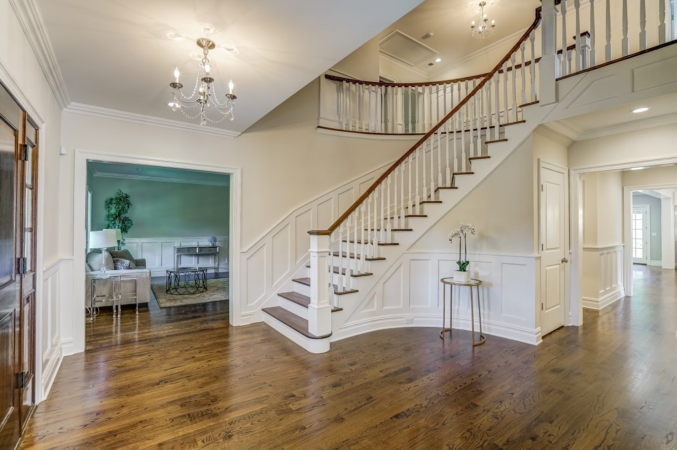3 – 110 Farley Road – Two-Story Grand Entrance Hall