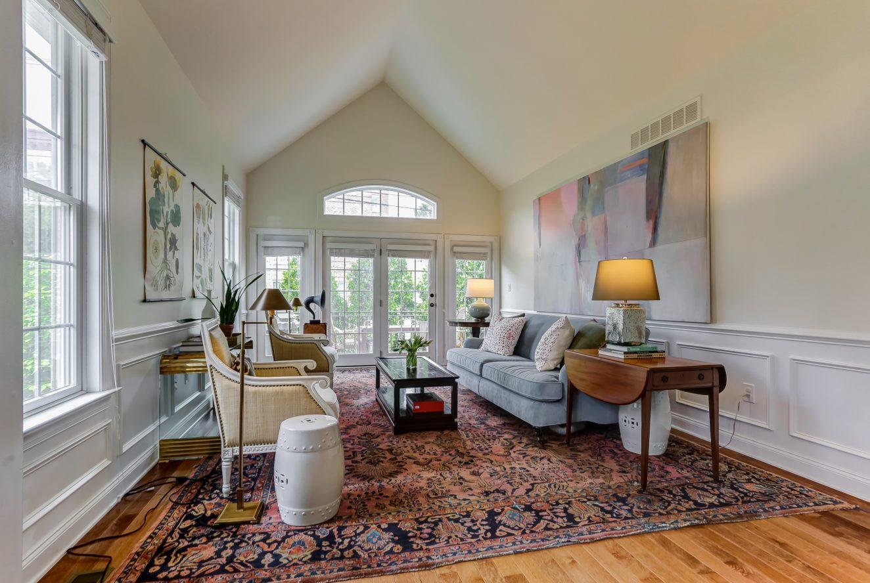 3 – 19 Woodstone Circle – Living Room