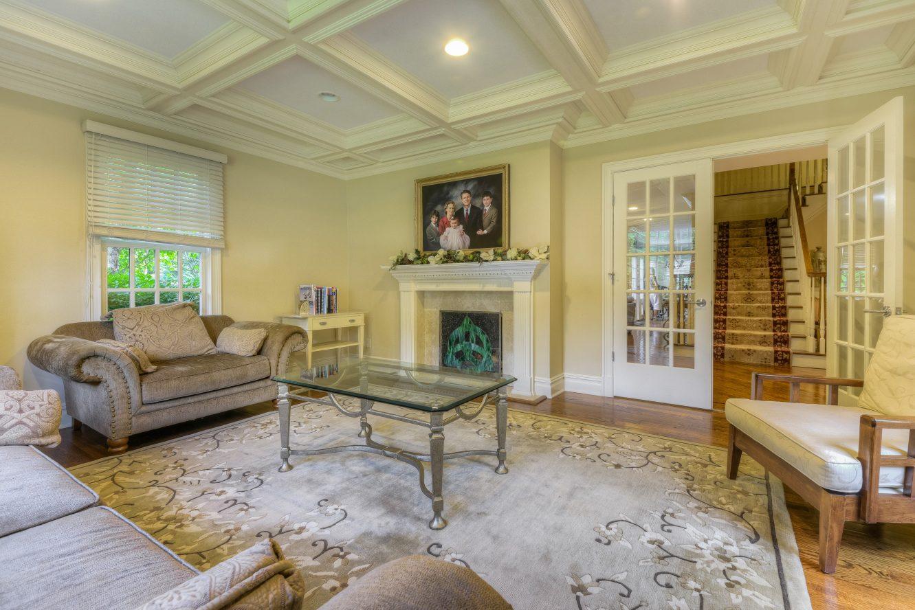3 – Living Room – 4 Fox Hill Lane