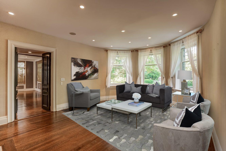 4 – 7 Chestnut Place – Living Room