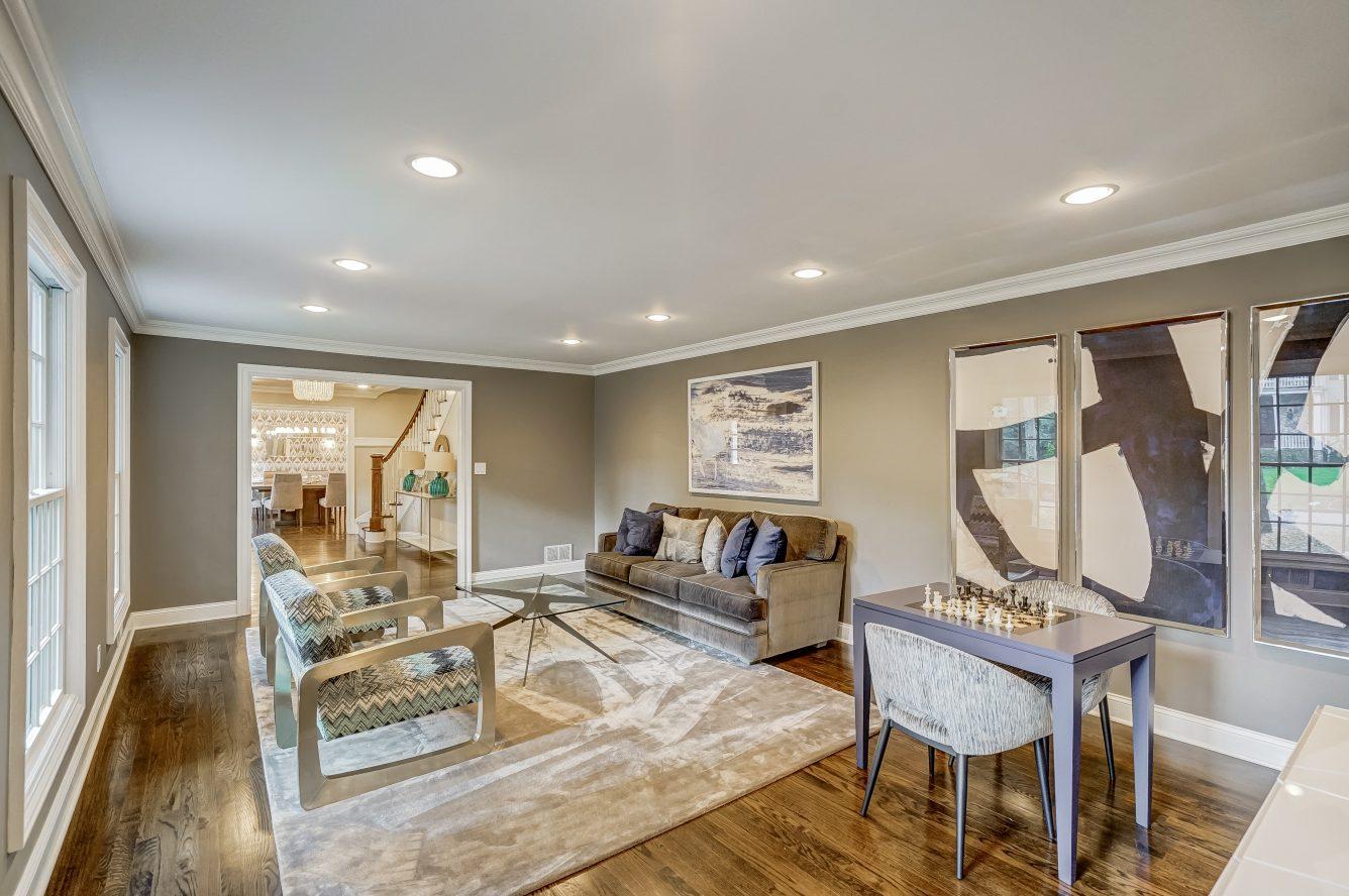 6 – 59 Harvey Drive – Living Room