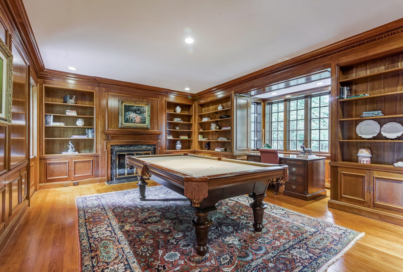 7 – 88 Birch Lane – Billiard Room