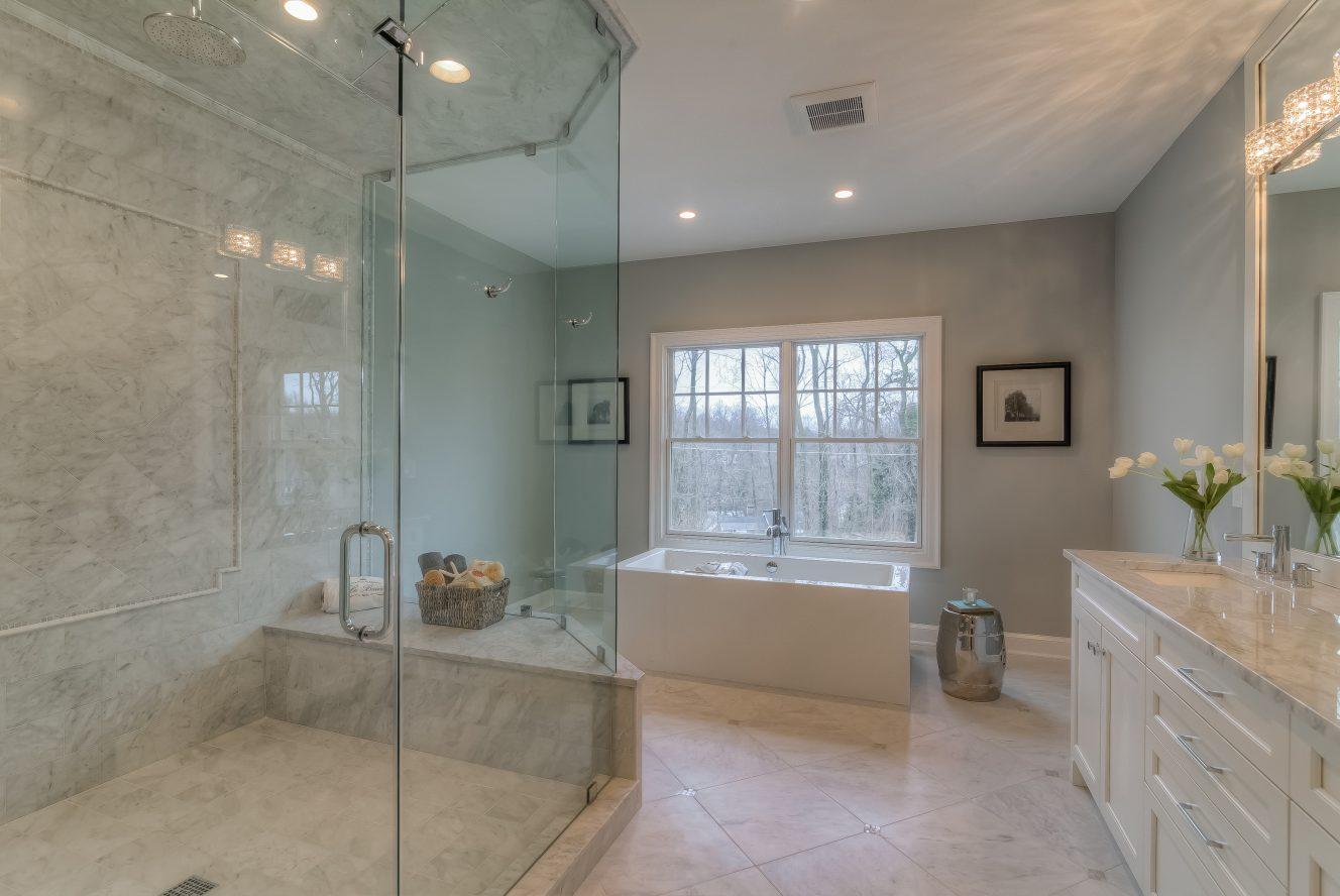 13 – 13 Hillview Terrace – Spa-like Master Bath