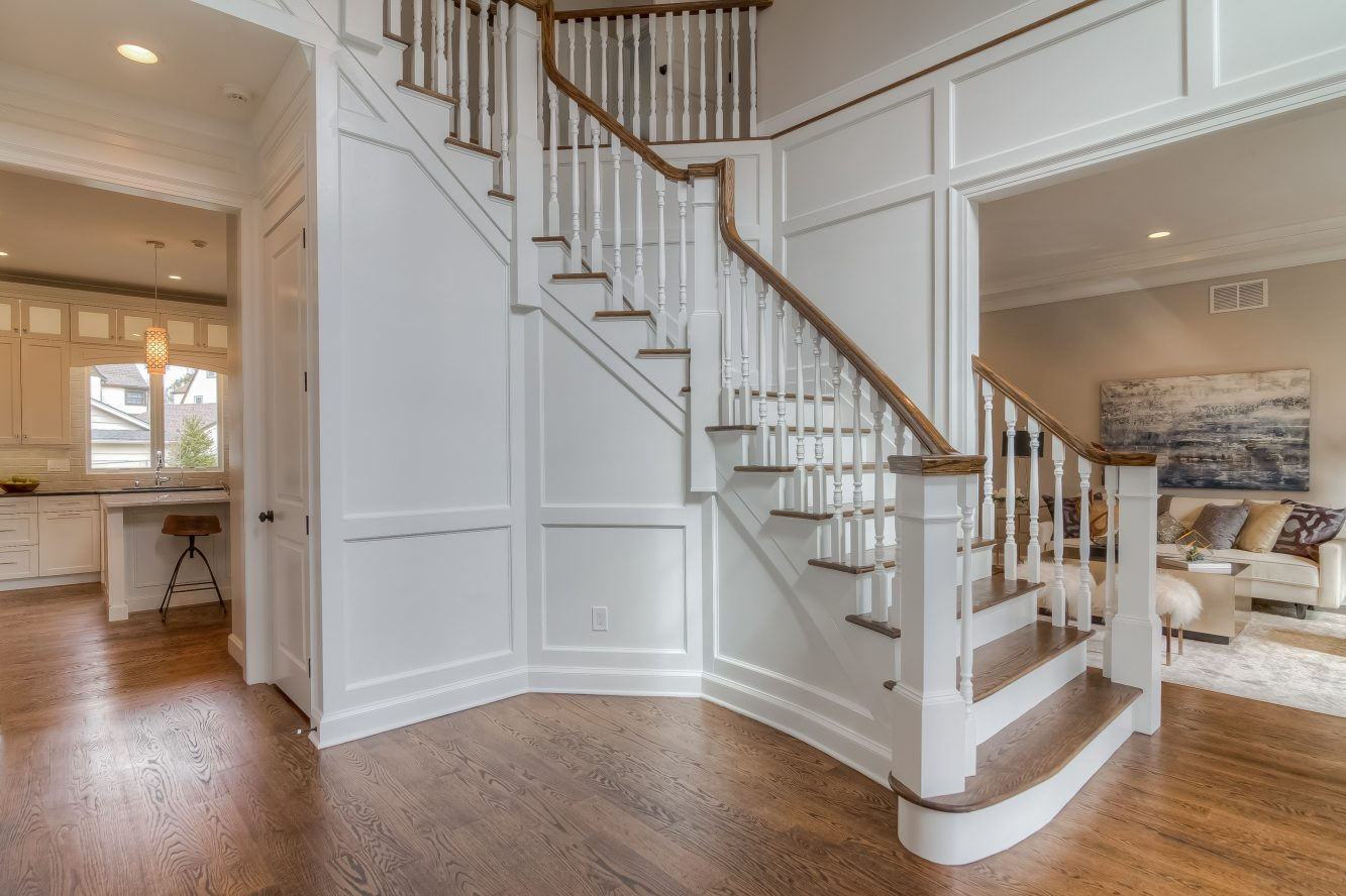 2 – 13 Hillview Terrace – Grand Entrance Hall