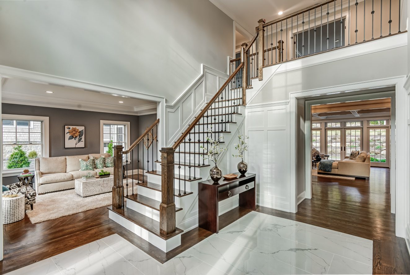 3 – 104 Farley Road – Two-Story Grand Entrance Hall