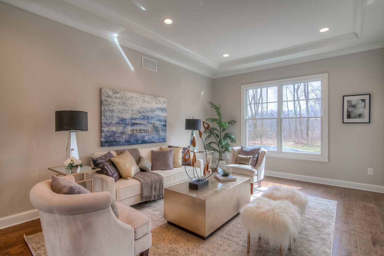 3 – 13 Hillview Terrace – Living Room