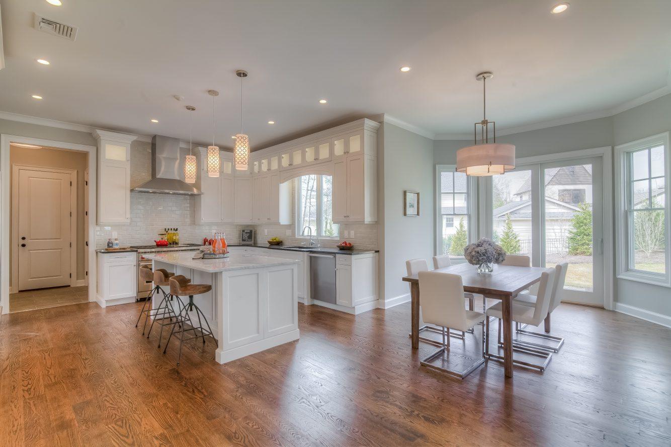 5 – 13 Hillview Terrace – Gourmet Eat-in Kitchen