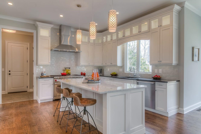6 – 13 Hillview Terrace – Gourmet Eat-in Kitchen