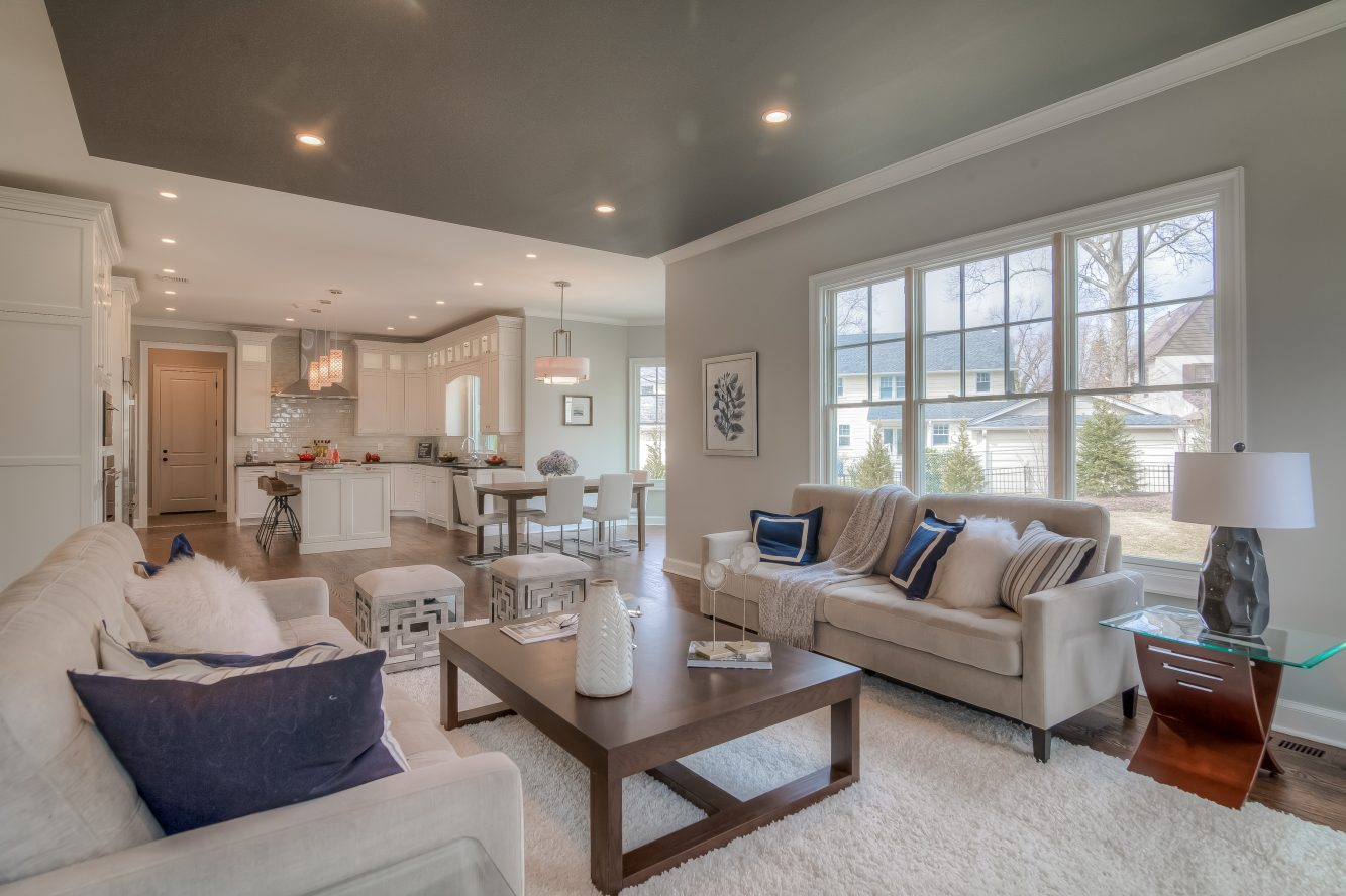 9 – 13 Hillview Terrace – Family Room