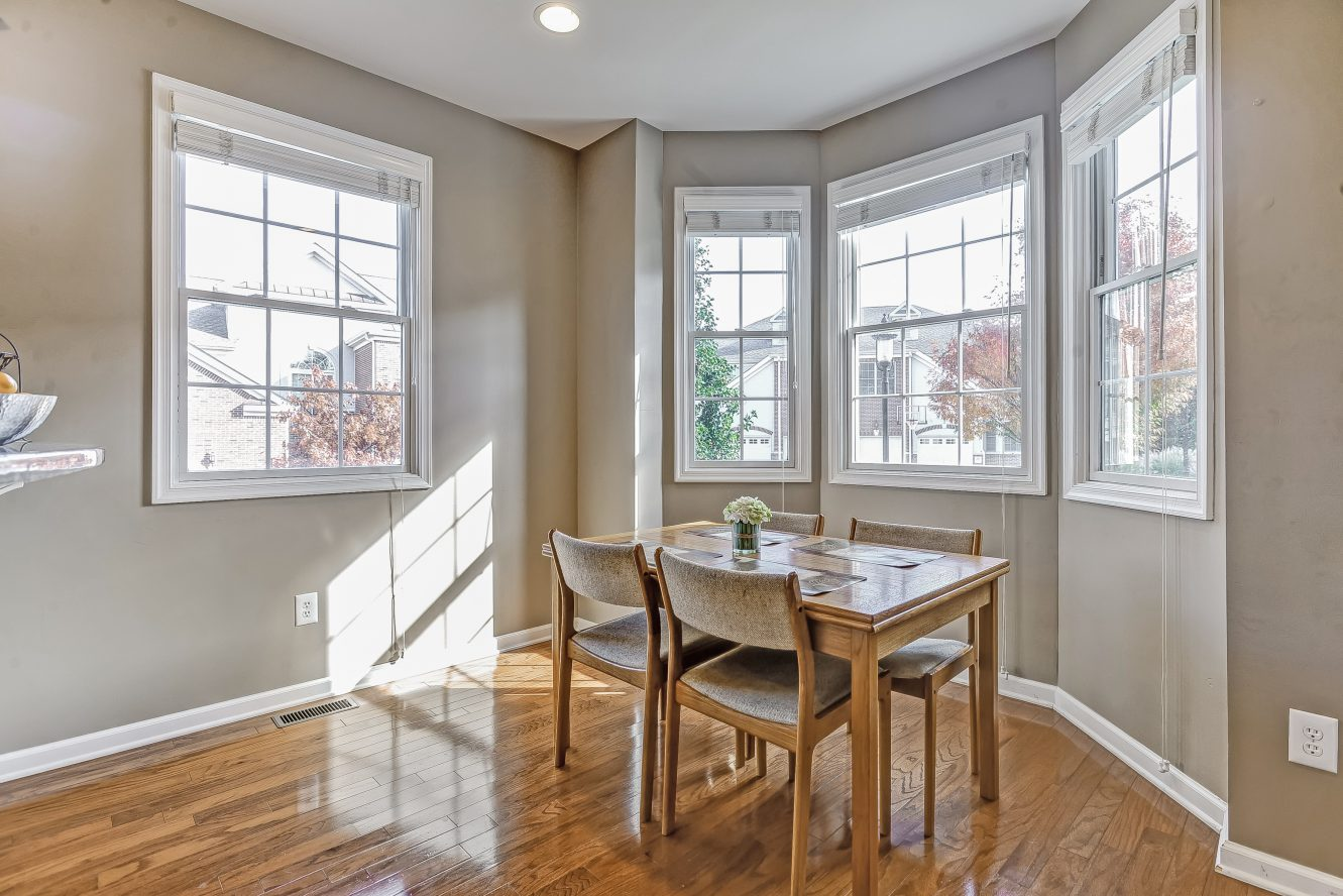 10 – Breakfast Nook – 31 Cedar Gate Drive