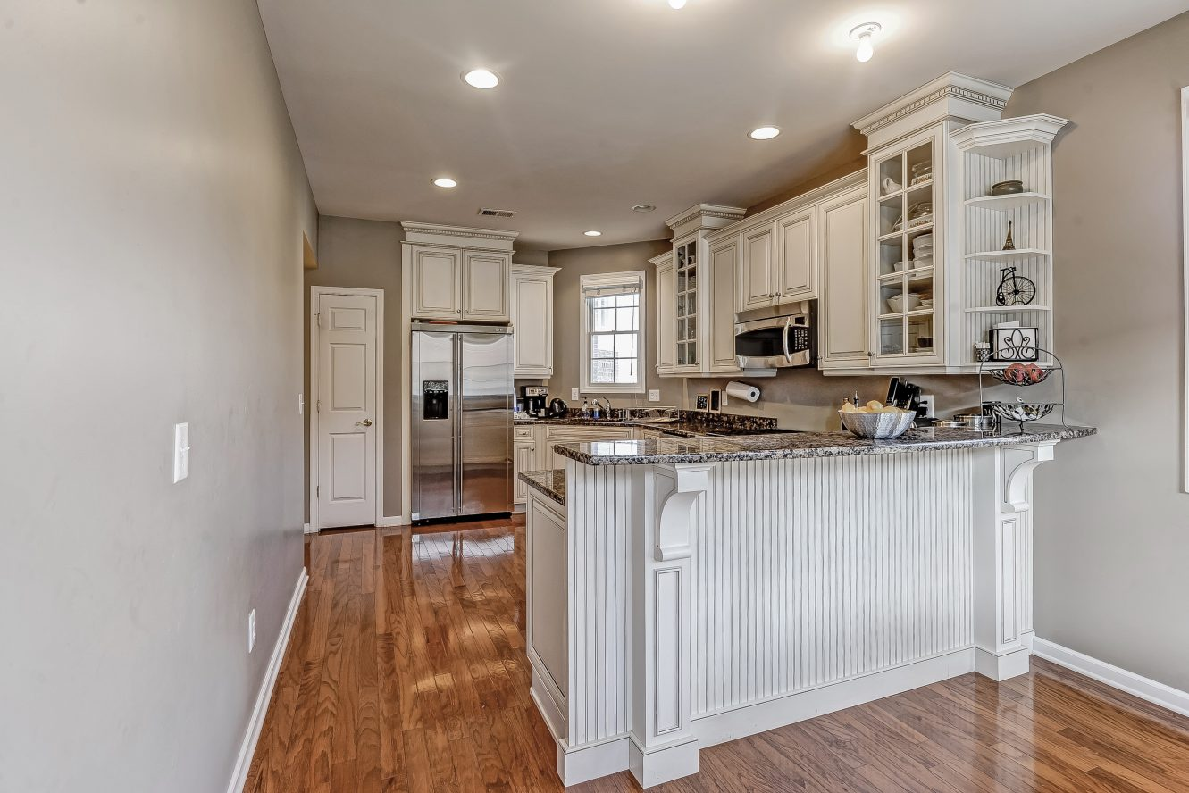 11 – Beautiful Kitchen – 31 Cedar Gate Drive
