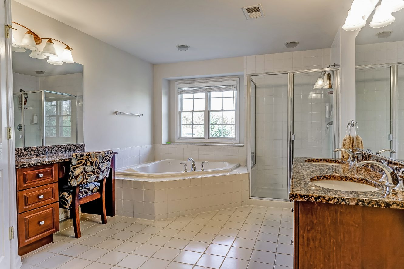 13 – Spa-like Master Bath – 31 Cedar Gate Drive
