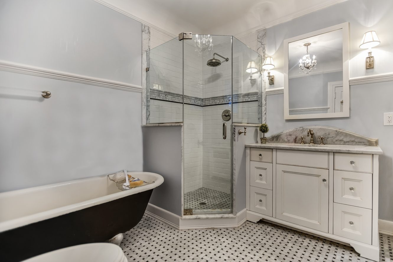 13 – Spa-like Master Bath – 67 Oak Ridge Avenue