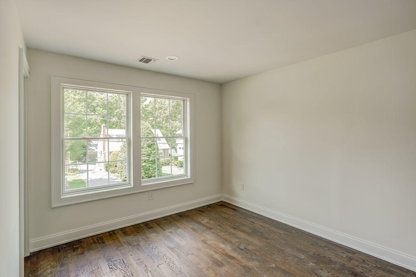 15 – Bedroom 4 – 24B Gates Avenue