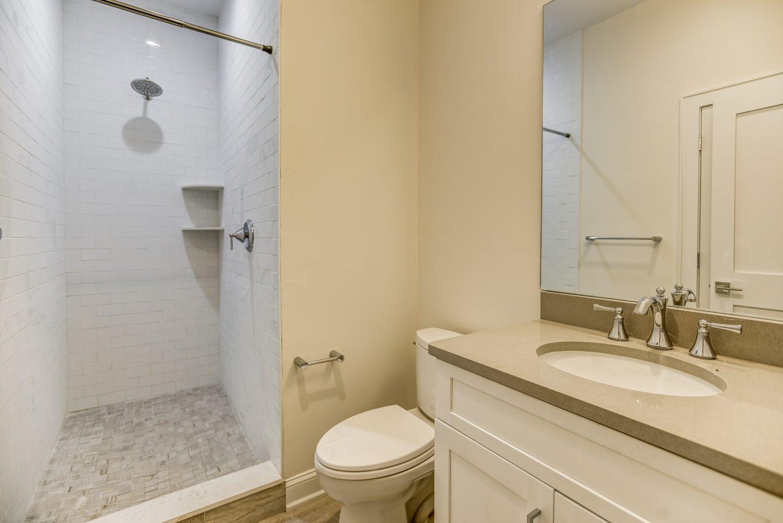 17 – Bedroom 5 En Suite Bath – 24B Gates Avenue