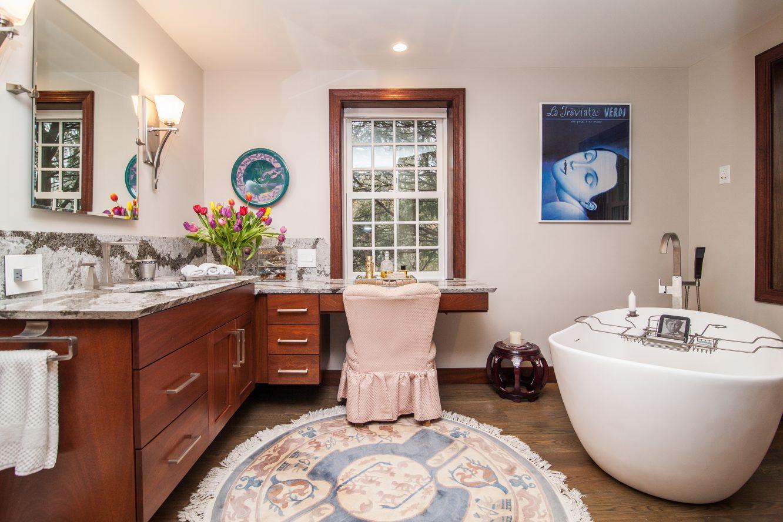 17 – Master Bath – 6 Kimball Circle