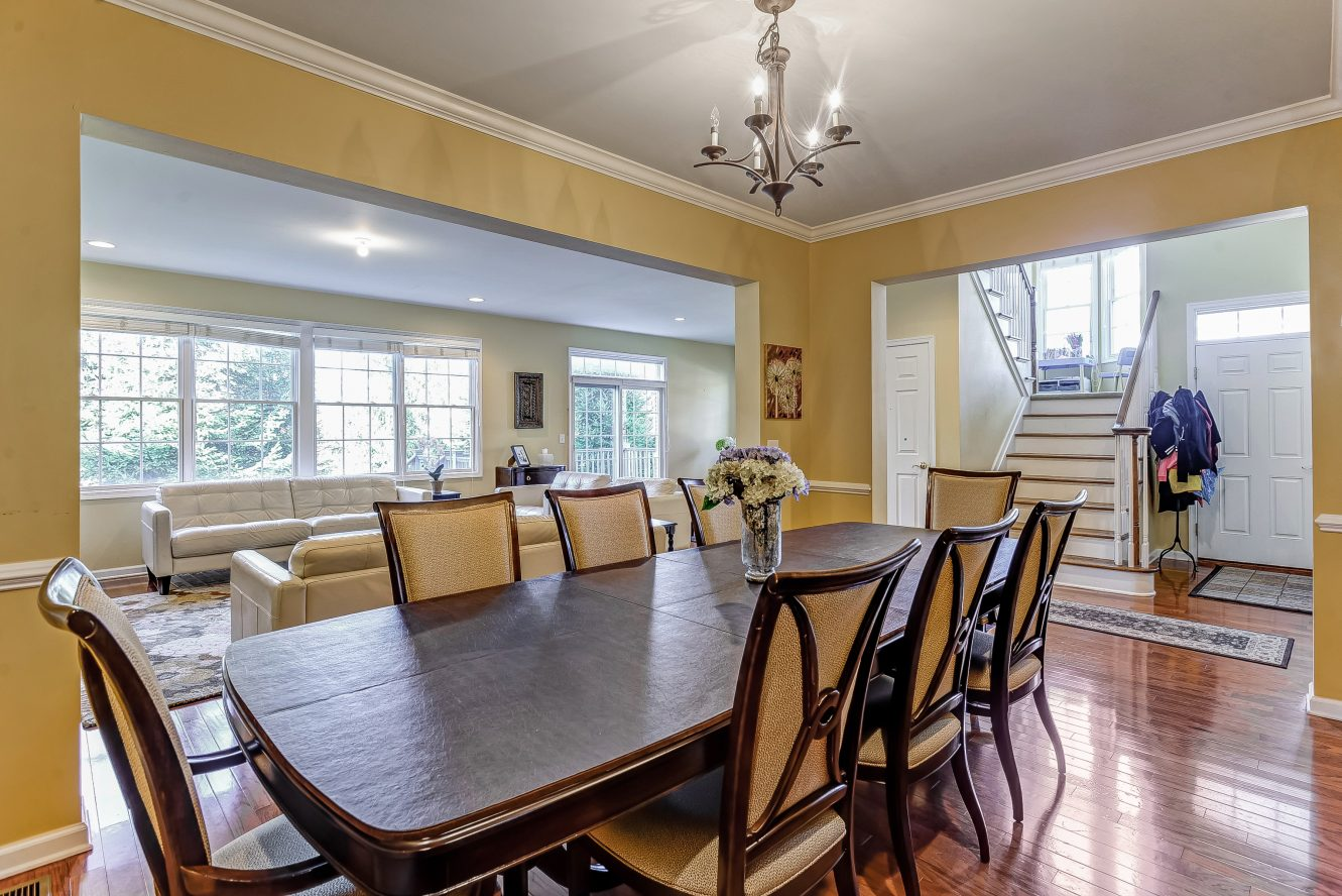 6 – Dining Room – 31 Cedar Gate Drive