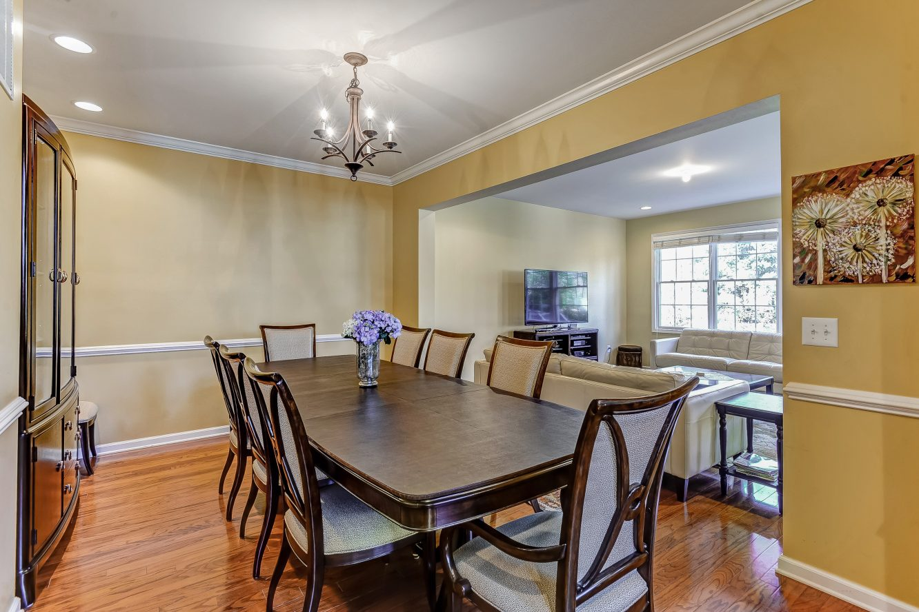 7 – Dining Room – 31 Cedar Gate Drive
